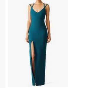 Cinq a Sept dress size 6 crepe with high slit